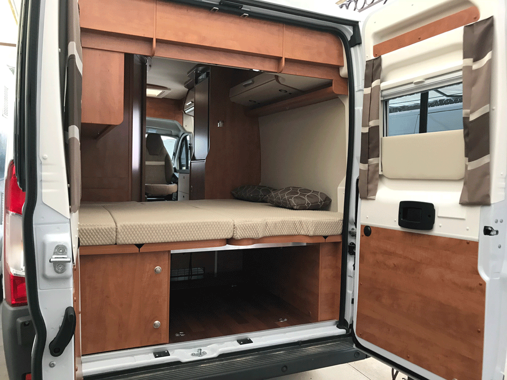 malibu 600 DB low bed caravar (1)
