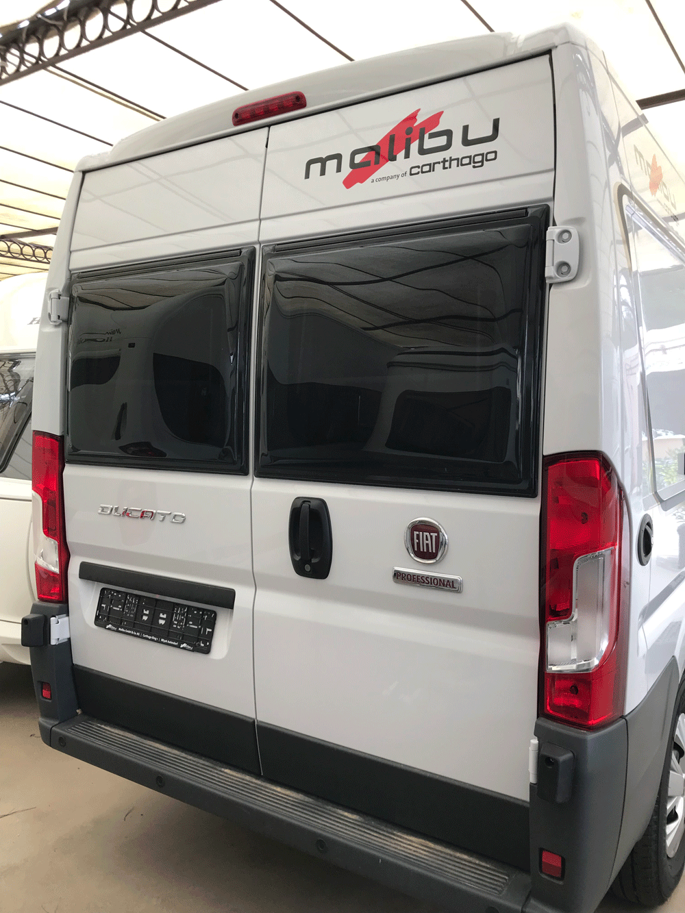 malibu 600 DB low bed caravar (11)