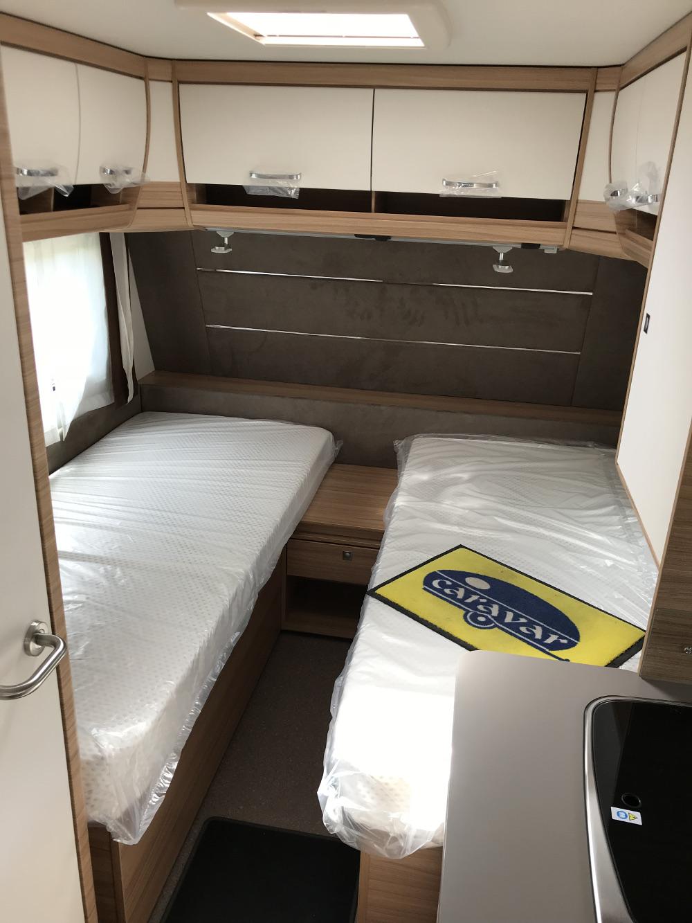 dethleffs camper 460 el caravar (5)